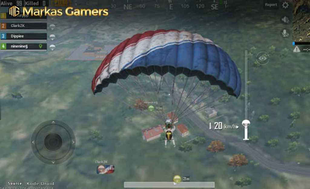 Gunakan parasut dengan benar